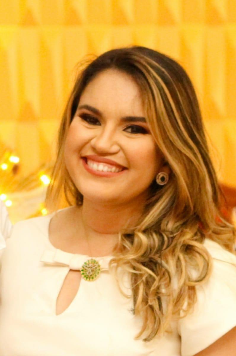 M. SC. CAROL CHAVES MESQUITA E FERREIRA