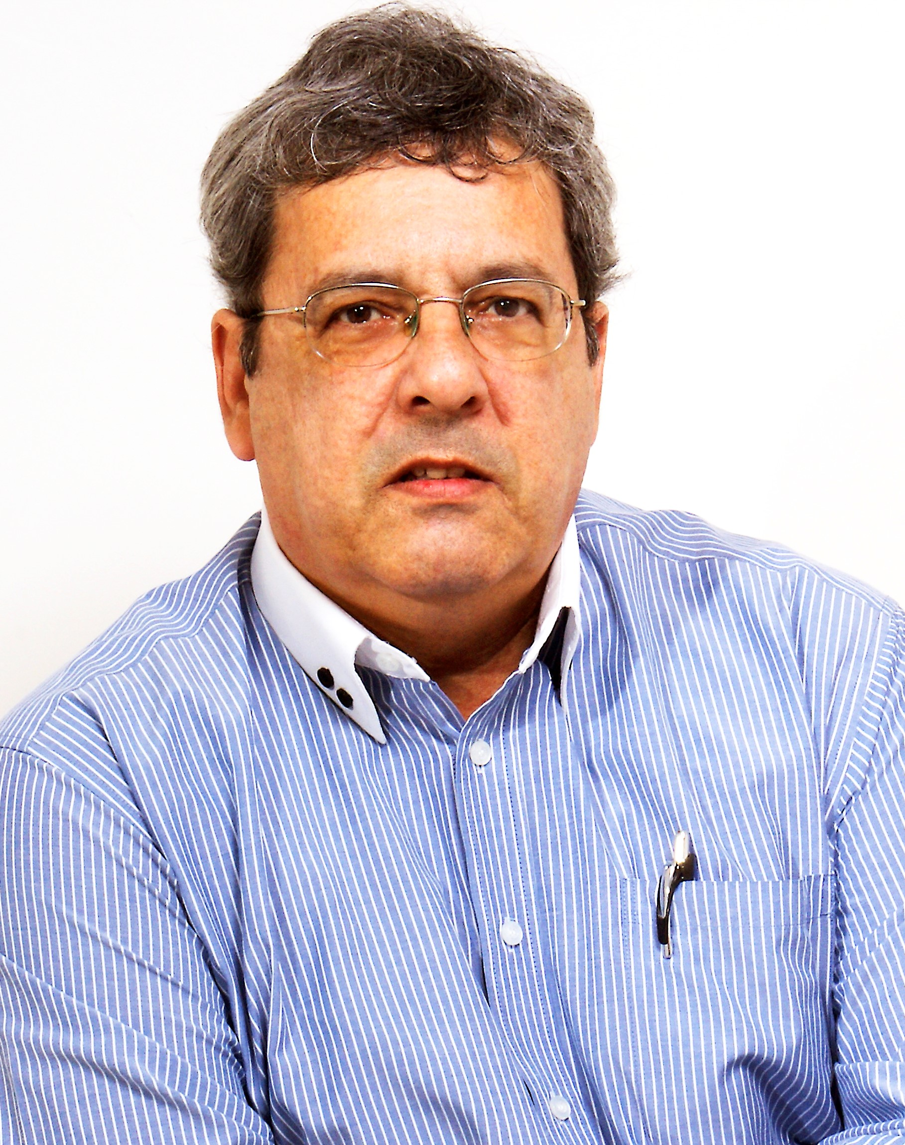 M. SC. ROBERTO MAIA FARIAS